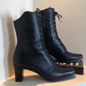 College leather lace up black heeled boots